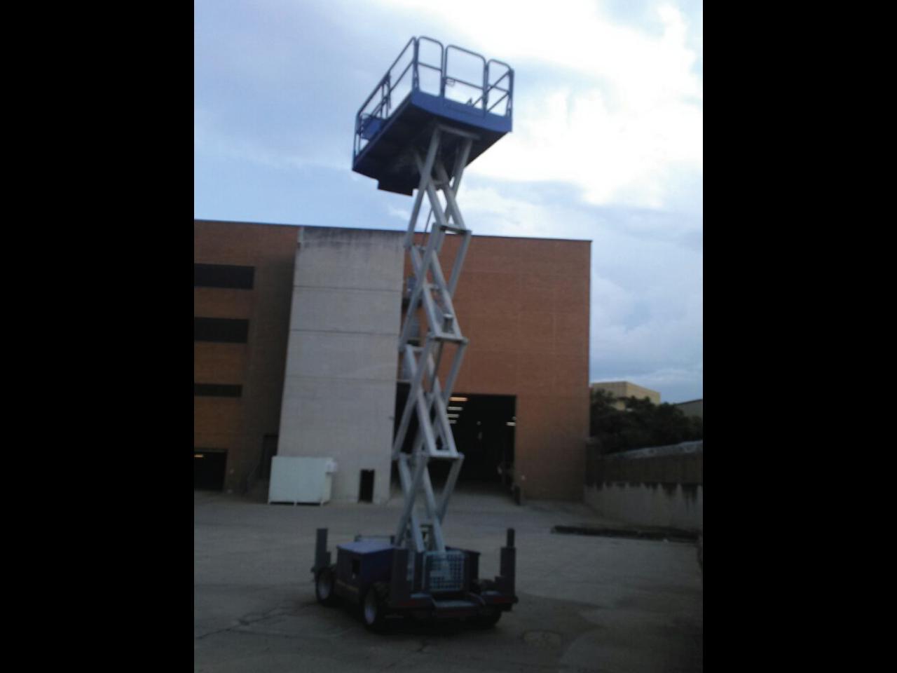 JLG-260-MRT-Scissor-lift-Hire