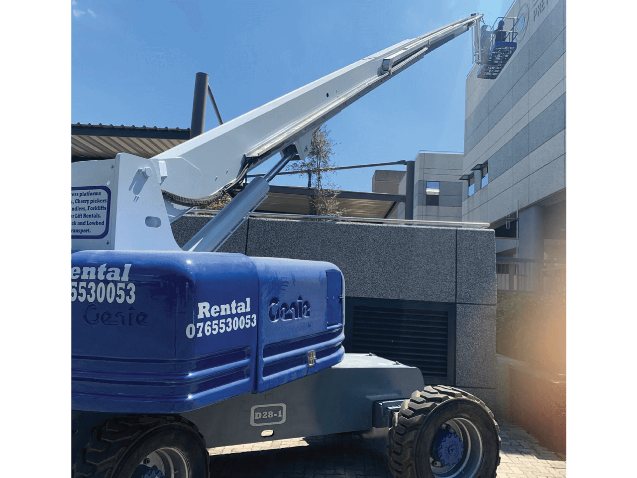 Genie-S85-Cherry-picker-Rental